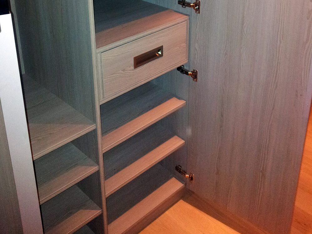 agencement dressing sur mesure vannes 6 agencement vannes. Black Bedroom Furniture Sets. Home Design Ideas