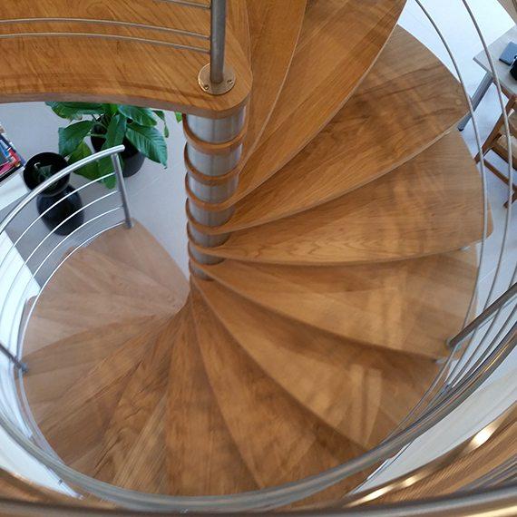 creation_escalier_sur_mesure_agencement_vannes1