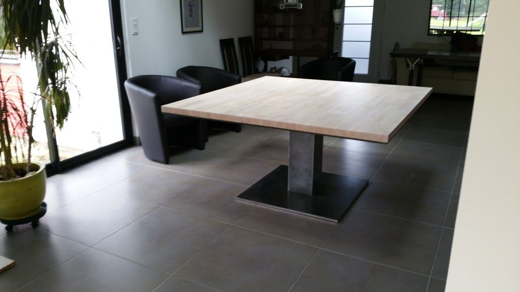 Cr ation table sur mesure agencement vannes - Agencement cuisine carree ...
